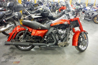 HARLEY DAVIDSON ROADKING 1800 Accidentée