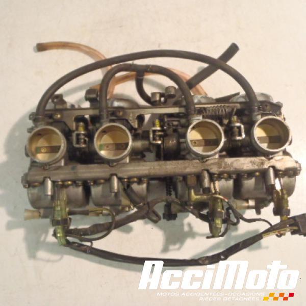 rampe de carburateurs