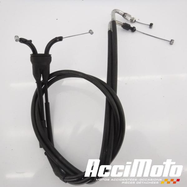 cable d'accélérateur