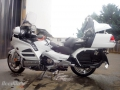 moto accidentee HONDA GL1800 GOLDWING