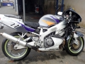 moto accidentee HONDA CBR900