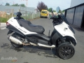 moto accidentee PIAGGIO MP3 300LT