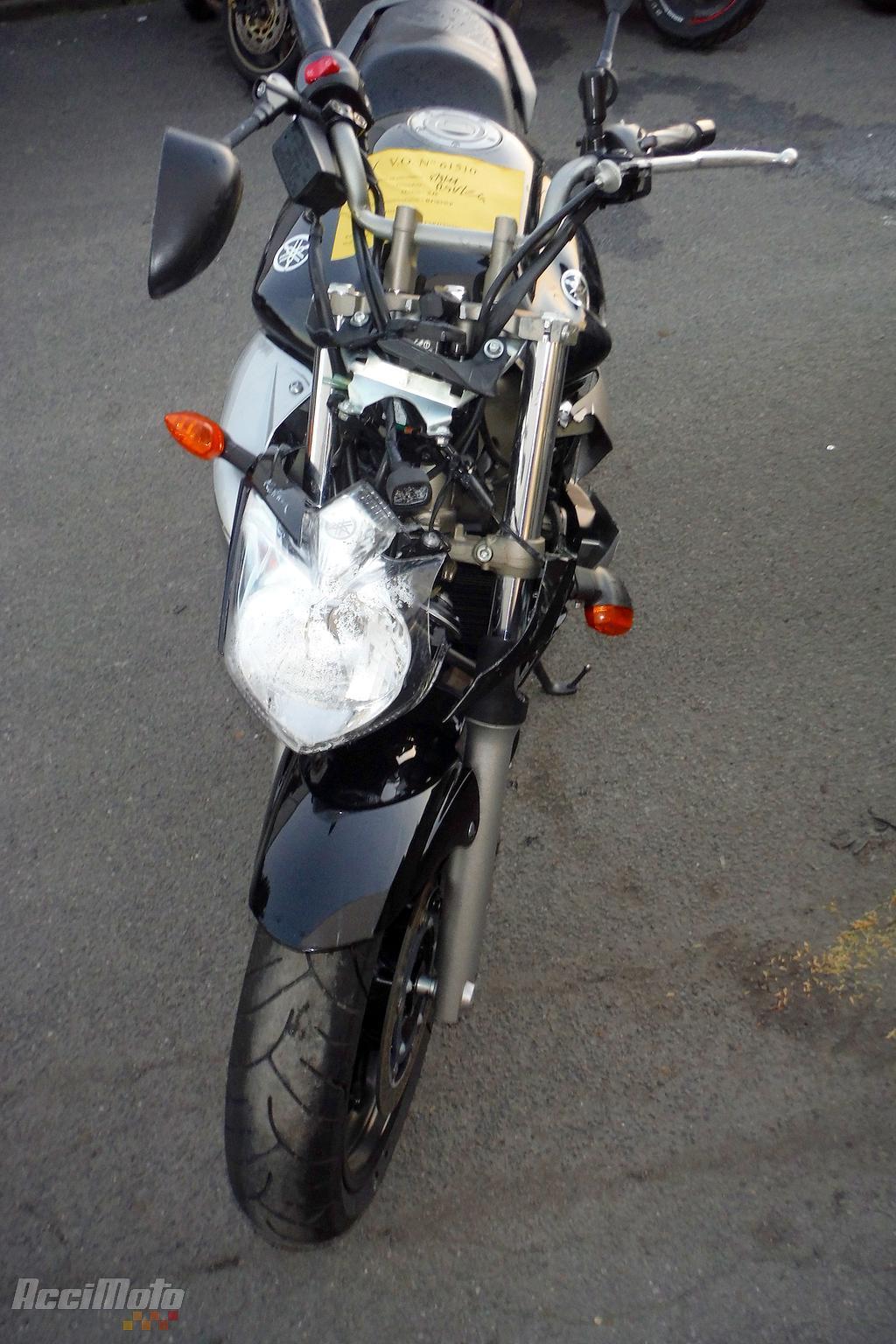 YAMAHA XJ6 (Motor bike AVARIILISED MOOTORRATTAD )