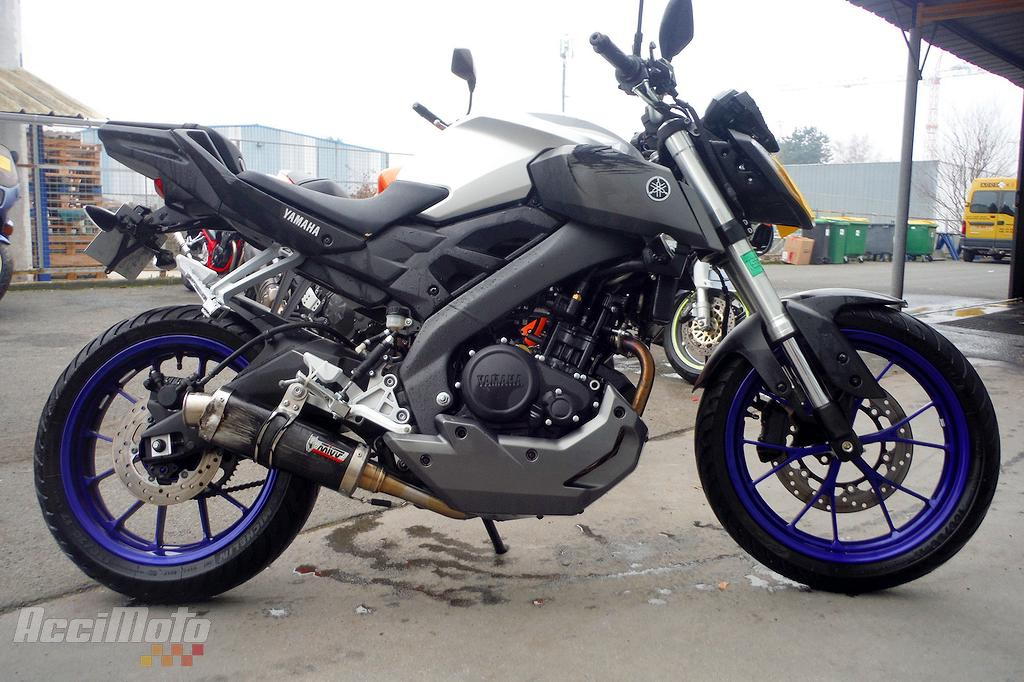 moto accident e yamaha mt 125. Black Bedroom Furniture Sets. Home Design Ideas