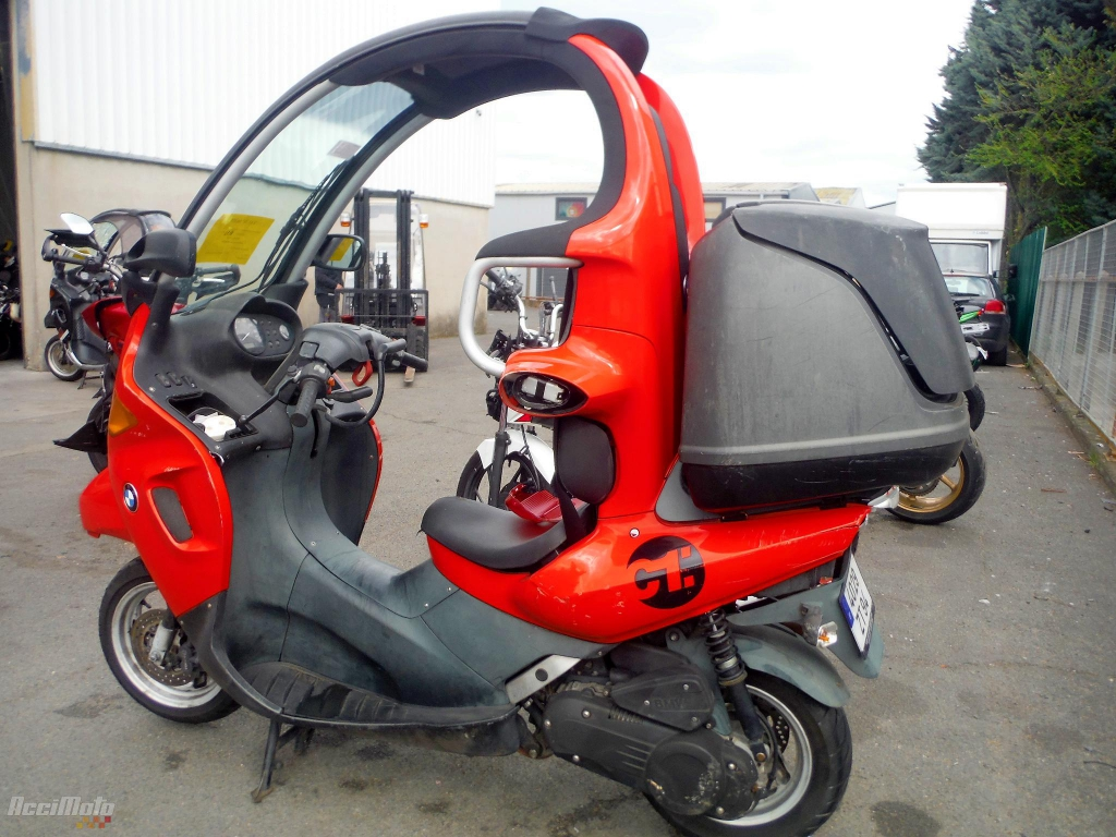 moto accident e bmw c1 125 orange. Black Bedroom Furniture Sets. Home Design Ideas