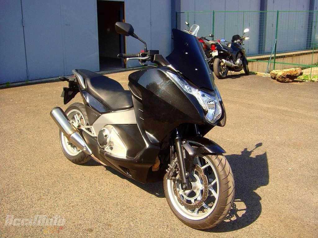 moto occasion honda integra 700 scooter integra700. Black Bedroom Furniture Sets. Home Design Ideas