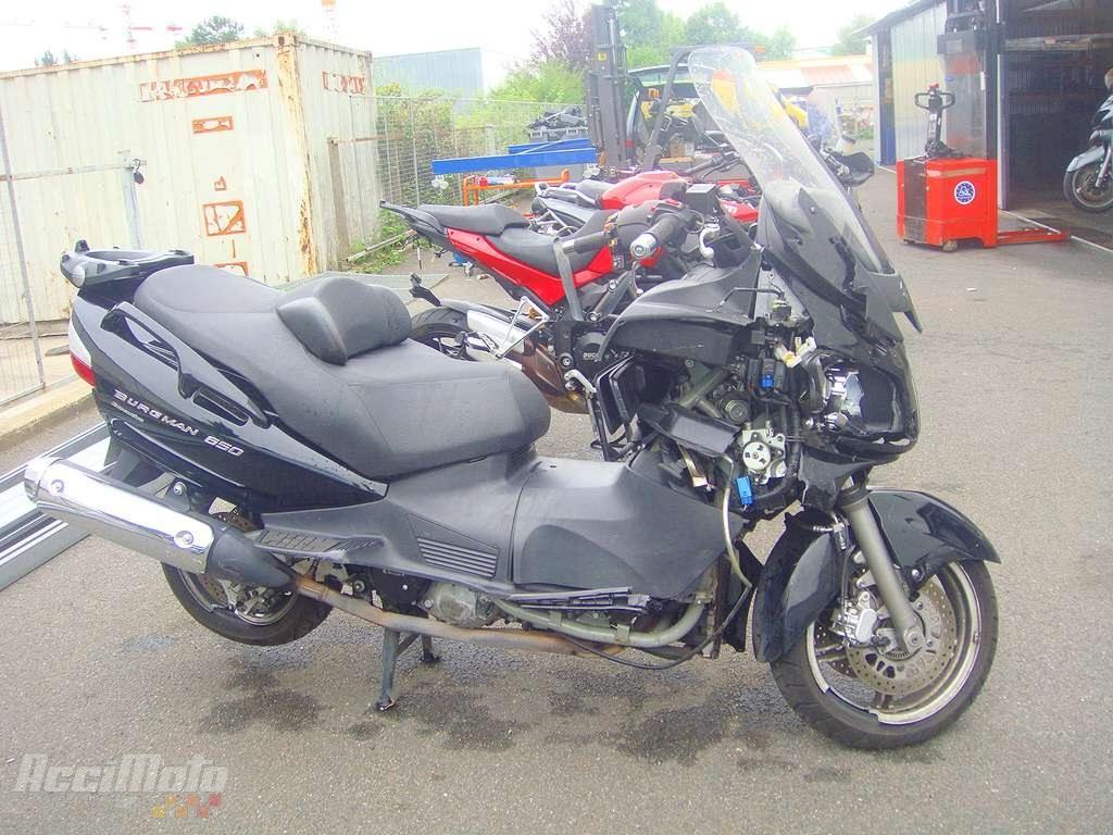 moto accident u00e9e suzuki burgman 650 noir