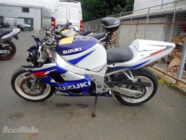 32d3a525c28 SUZUKI GSXR 600 (Motor bike AVARIILISED MOOTORRATTAD )