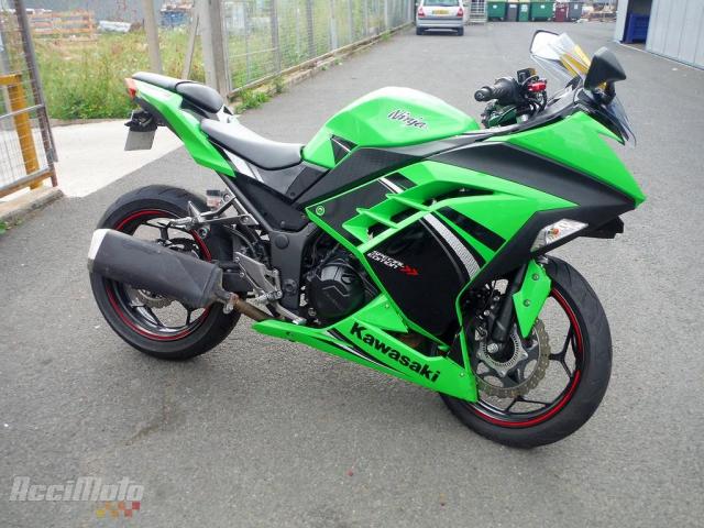Kawasaki Ninja 300 Moto Accidentée