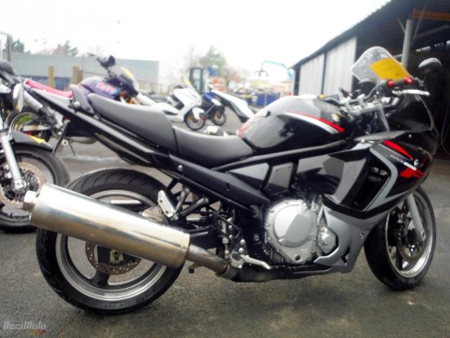 0517eeeafc2 SUZUKI GSXF 600 (Motor bike AVARIILISED MOOTORRATTAD )