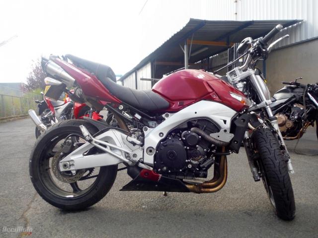08f0efaeeef SUZUKI GSR 600 (Motor bike AVARIILISED MOOTORRATTAD )
