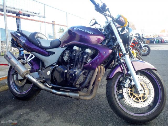 Kawasaki Zr7 Motor Bike Sérült Motorkerékpárok