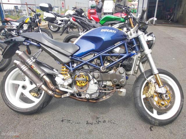 DUCATI SUPERBIKE 996